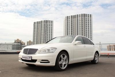 Mercedes-benz W221 S500