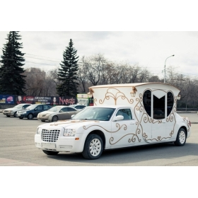 "Эксклюзивный Chrysler 300С ""Белая карета"" 5 мест +1"